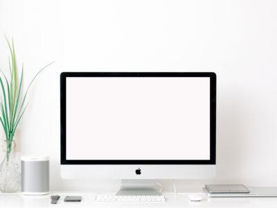 iMac on Table Mockup