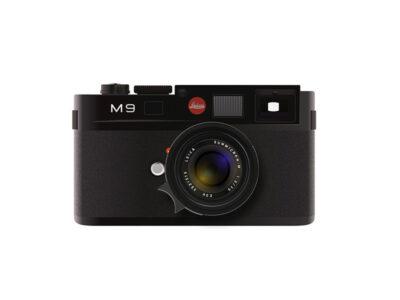 Free Lens Camera PSD Mockup