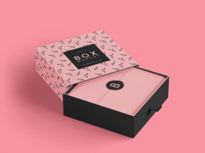 Free Luxury Gift Box PSD Mockup